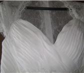 Изображение в Одежда и обувь Свадебные платья Продам новое свадебное кружевное платье 42 в Новосибирске 18000