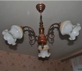 Фото в Мебель и интерьер Светильники, люстры, лампы продаю люстру 3 плафона.цвет золотооранжевый.извините в Санкт-Петербурге 999