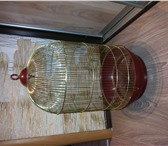Фото в Домашние животные Товары для животных Большая золотистого цвета клетка для попугая. в Томске 1200