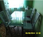 Фото в Мебель и интерьер Кухонная мебель Продам стеклянный кухонный стол + 4 стула в Чите 7000