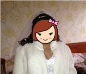 Фотография в Одежда и обувь Свадебные платья Продам свадебную красивую белую шубку размер в Москве 2500