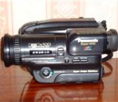 Фото в Электроника и техника Фотокамеры и фото техника Продаю видеокамеру Panasonic . Модель S - в Екатеринбурге 6000